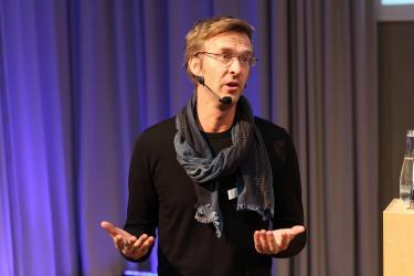 "Teo Haren, Co-author of ""The Idea Book"" at the 2014 Ecsite Directors Forum"