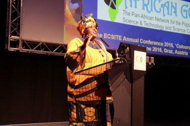 #Ecsite2016 keynote speaker Elizabeth Rasekoala