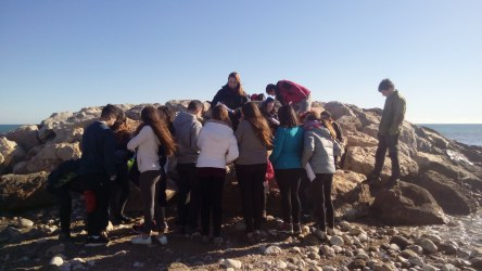 13 motivated young people participating in the Spanish Crab Watch, organised by SUBMON on 14 January in Sitges, Spain