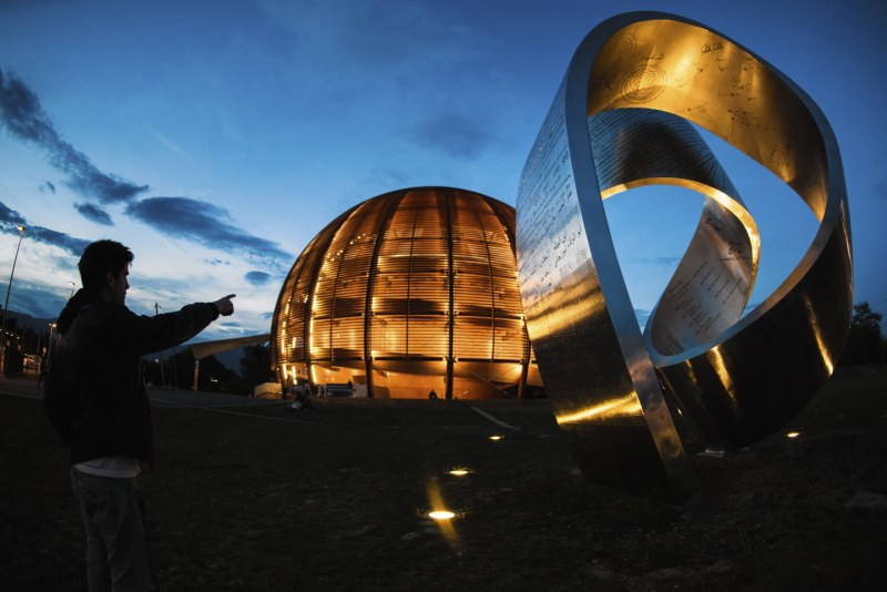 Exclusive guided tours to CERN's permanent exhibitions - #Ecsite2018