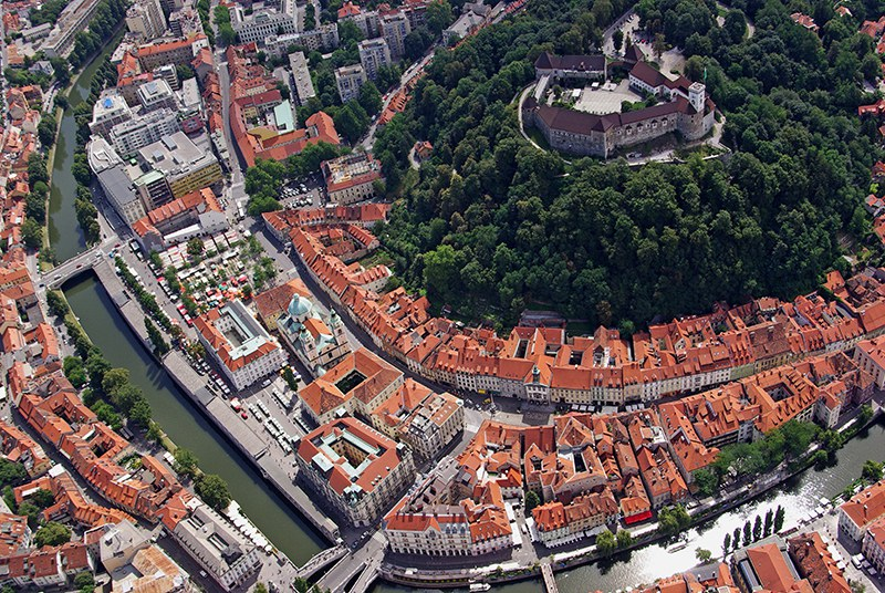 A view of Ljubljana and its castle - picture Primož Hieng / Ljubljana Tourism