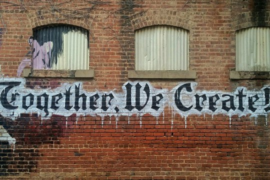 Graffitti 'Together we create'. Photo @bamagal.