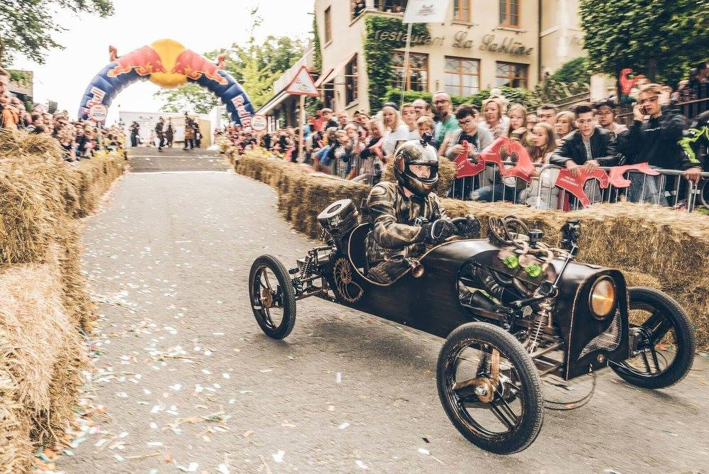 Red Bull Soap Box Derby >> Technopolis Wins The Creativity Prize During The Red Bull